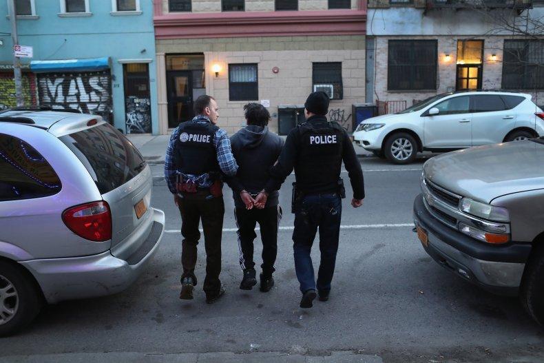 new, york, immigration, ice, arrest