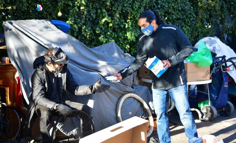 Homeless in Venice California COVID-19 face mask