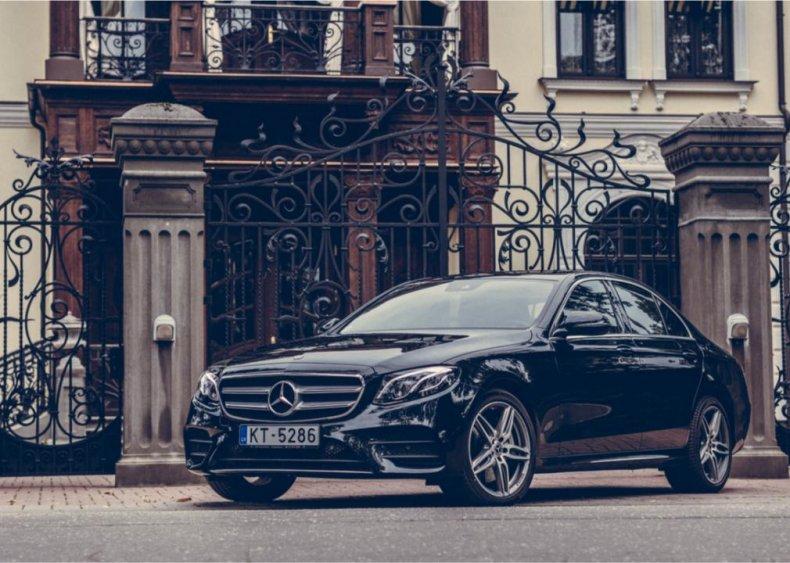 #10. Mercedes-Benz E 350
