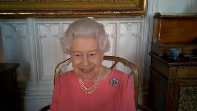 Queen Elizabeth II Describes Getting COVID Vaccine