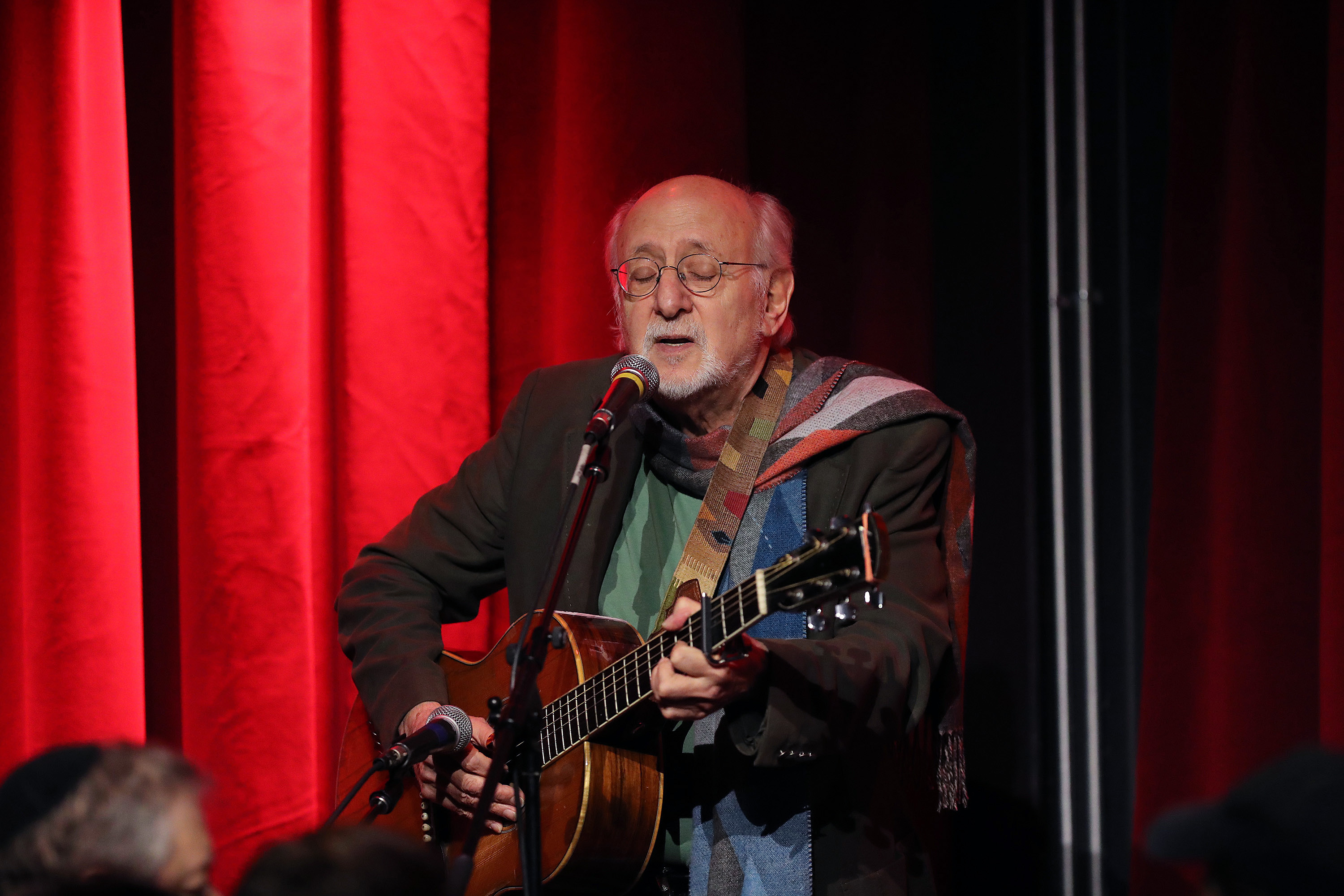 <p>New Lawsuit Accuses Singer Peter Yarrow of Raping Underage Girl at 1969 thumbnail