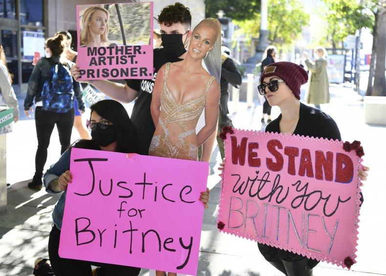 Free Britney protestors