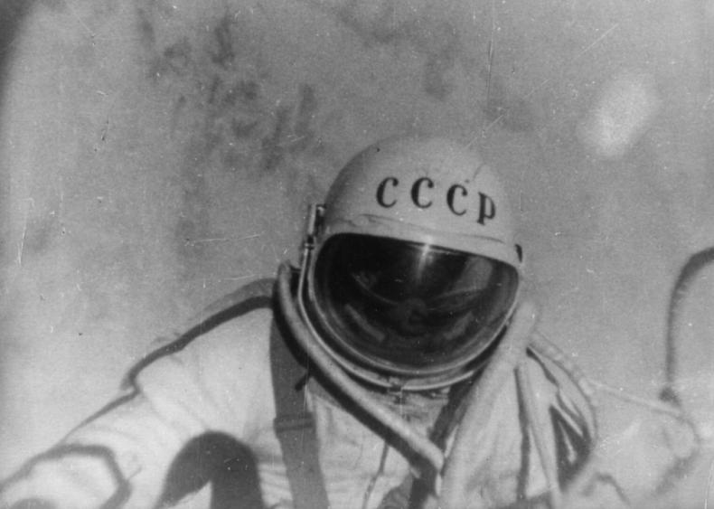 1965: First spacewalk