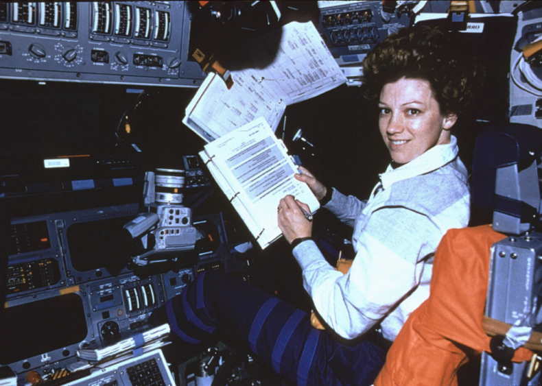 1995: First woman commands space shuttle mission