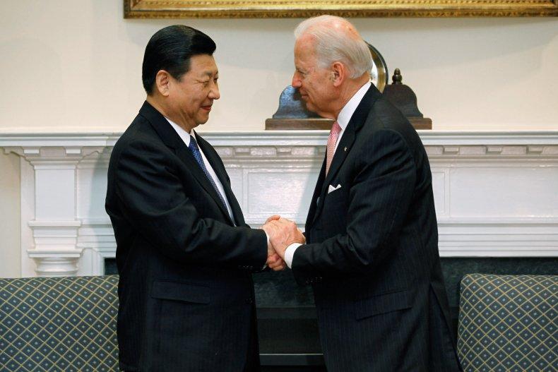 Joe Biden meets Xi Jinping in 2012