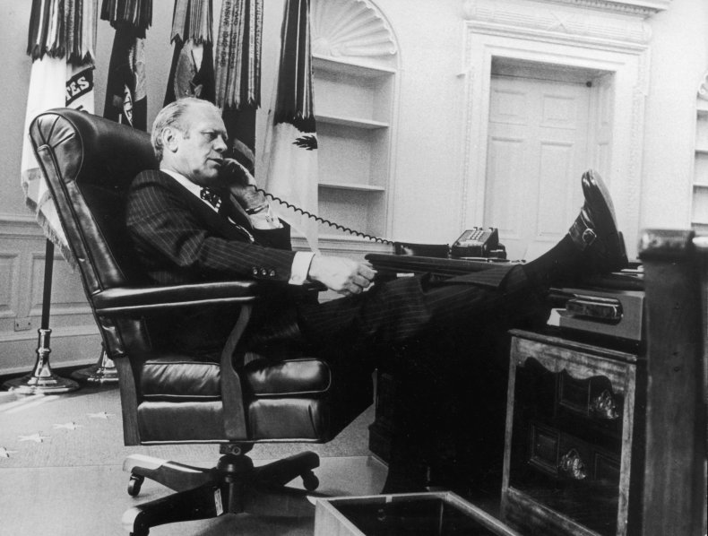 Gerald Ford Oval Office 1974 White House