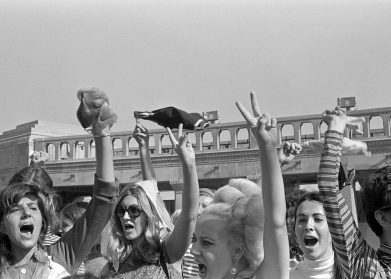 1968: Miss America ignites 'bra burning' protests