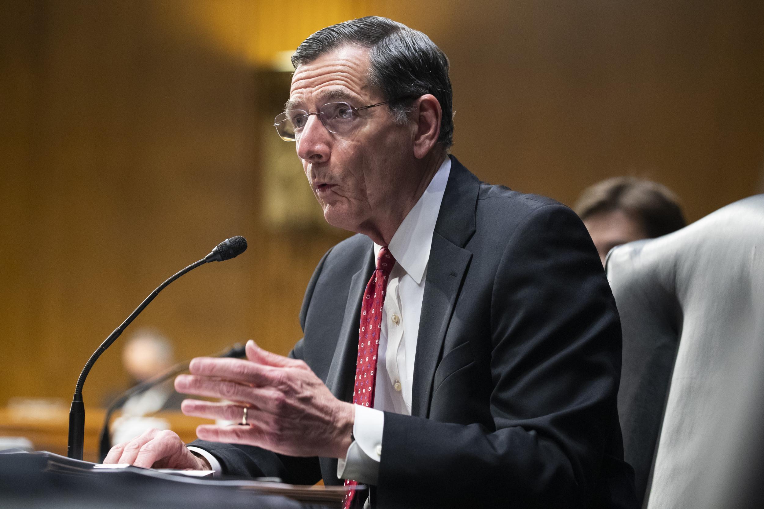 John Barrasso repeats Ted Cruz claim stimulus checks will go to illegal immigrants
