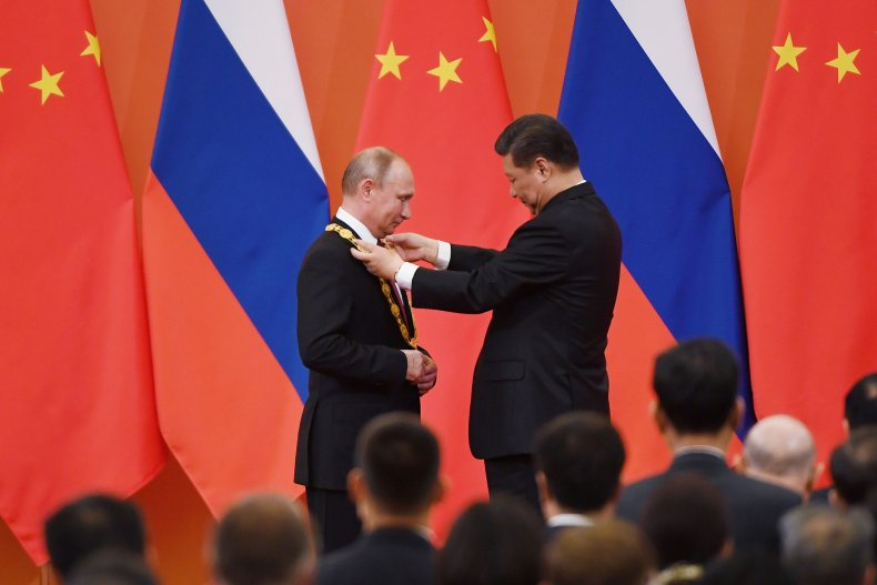 russia, putin, china, xi, friendship, medal