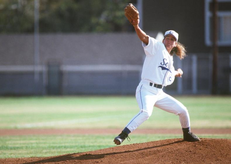1998: Ila Borders pitches on pro men's baseball team