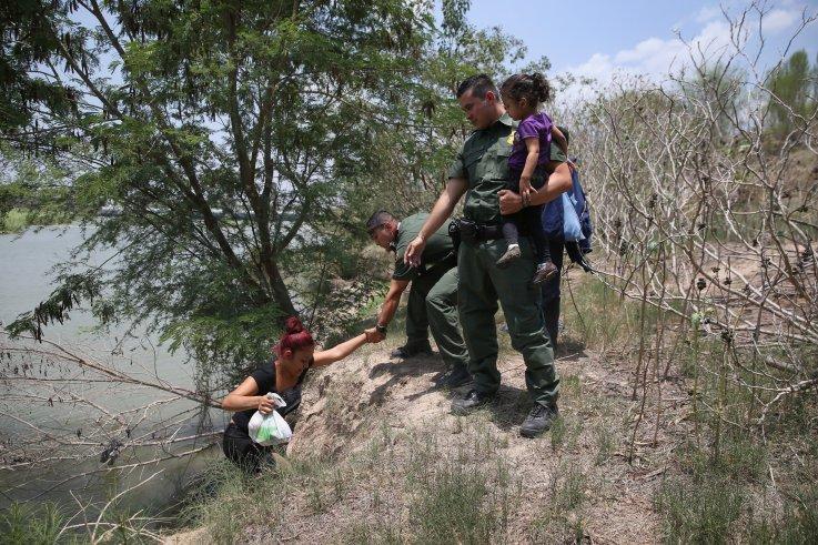 El Salvador Immigrants Illegal
