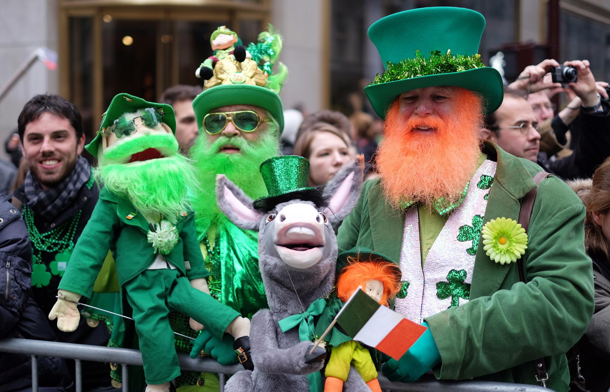 Novelty Waistcoat Happy St Patricks Day Shamrock Leprechaun Funny Party Festival
