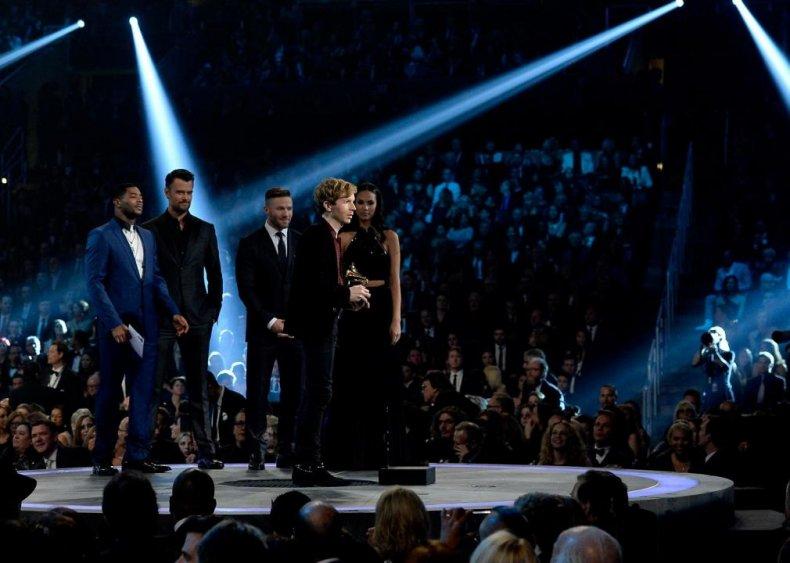 2015: Beck over Beyonce