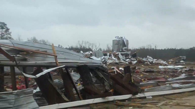 tornado severe weather alabama mississippi louisiana damge