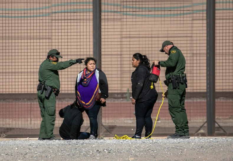 Women stopped at US-Mexico border during surge
