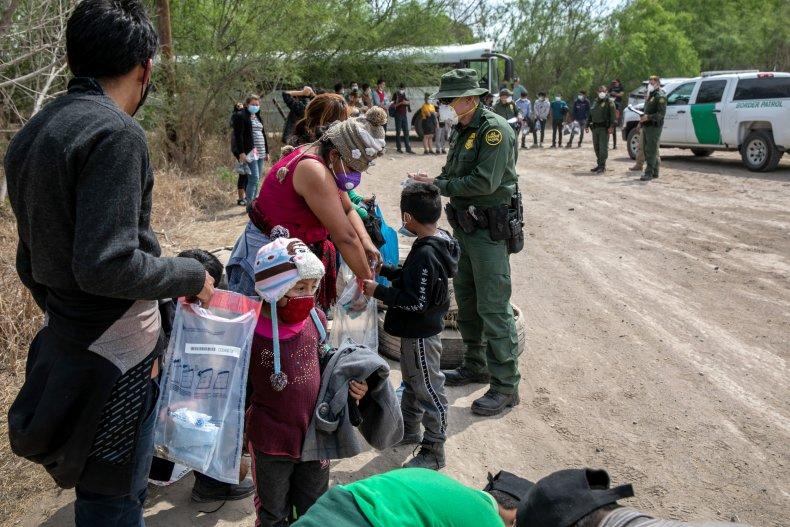 Border crossing Sen. Tillis
