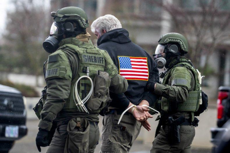 Salem officers arrest right-wing protester in Oregon