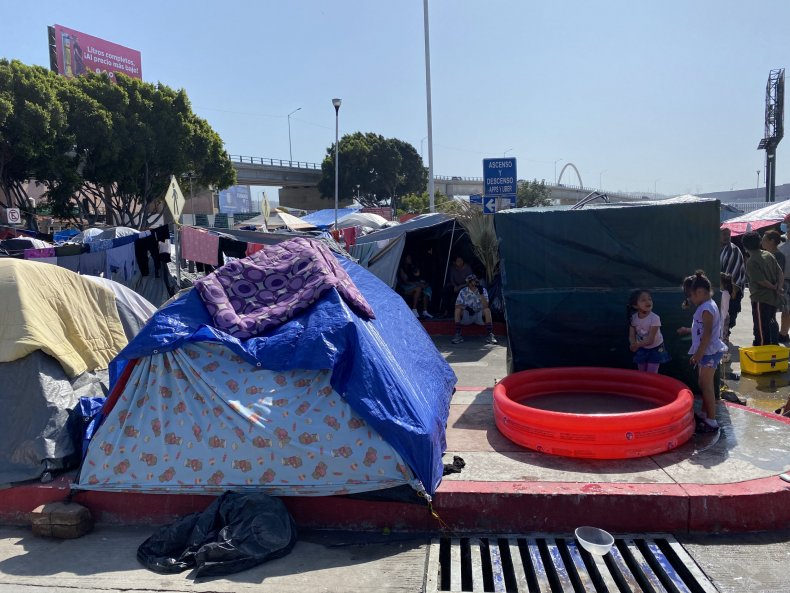 Border tent camp w/ kids