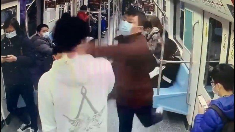Subway Commuter Punches Passenger After Noise Complaint