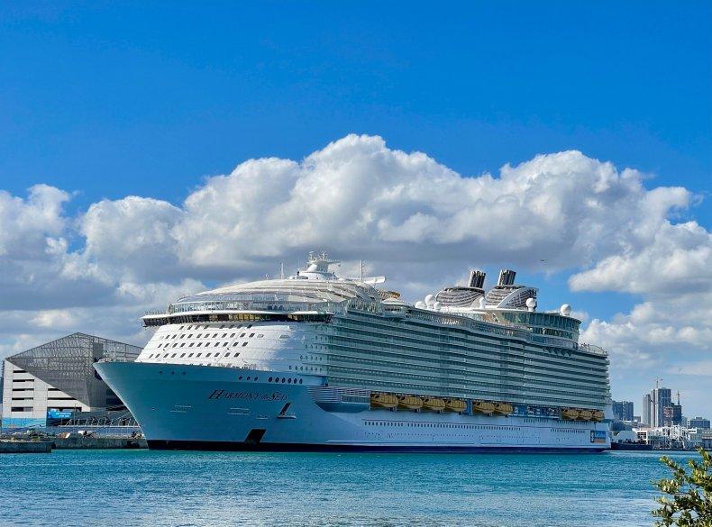 Royal Caribbean cruise ship Miami December 2020