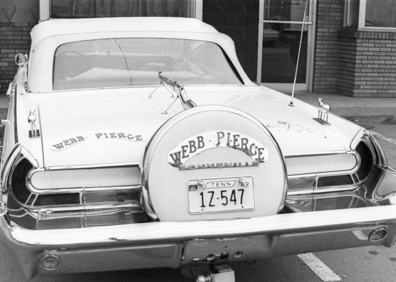 1921: Webb Pierce is born