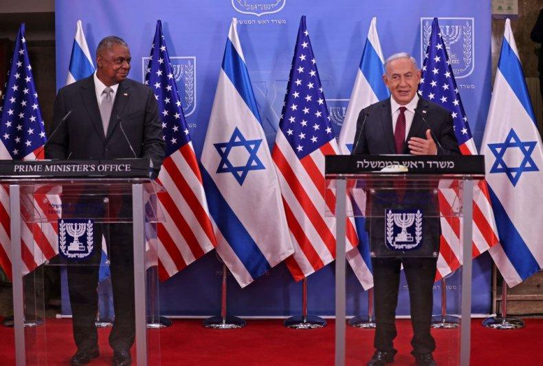 Lloyd Austin with Benjamin Netanyahu in Jerusalem