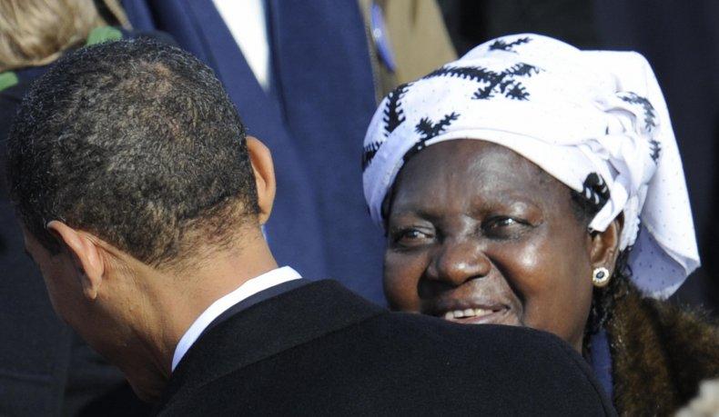 Kezia Obama with Barack Obama