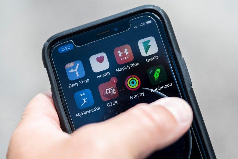 Robinhood mobile apps smartphone June 2020