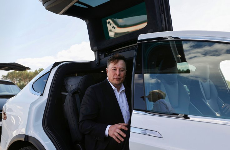 Tesla Autopilot Crash Self-Driving Vehicle Autonomous Car