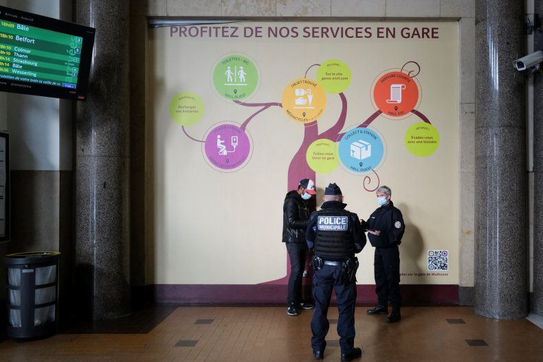 U.K. COVID Variant Makes Up 80% of France's Cases as Country Poised to Enter 'Peak' of Third Wave