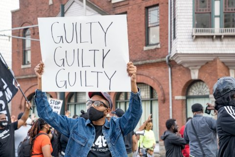 Guilty sign, Chauvin verdict