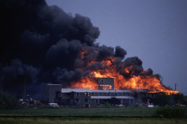 Waco Mount Carmel Branch Davidians burns raid