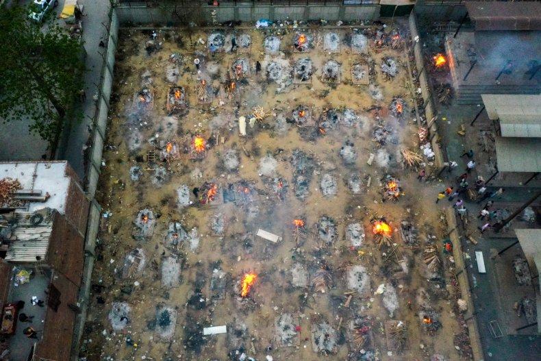 India New Delhi COVID Cremation