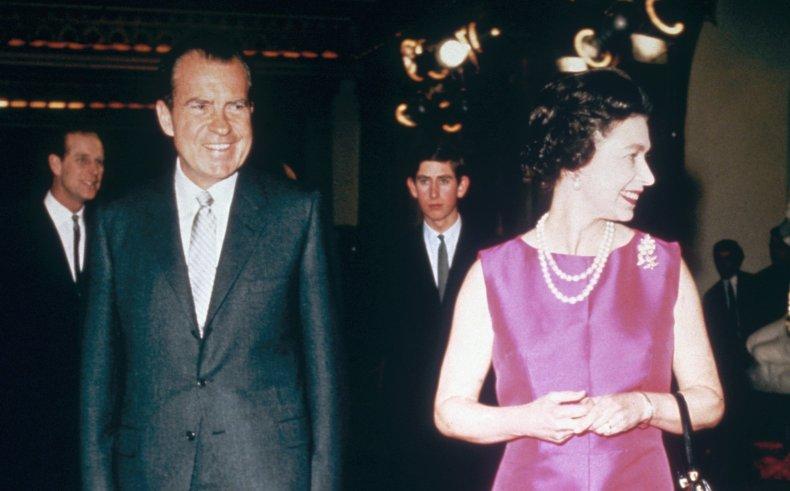 Queen Elizabeth II and Richard Nixon