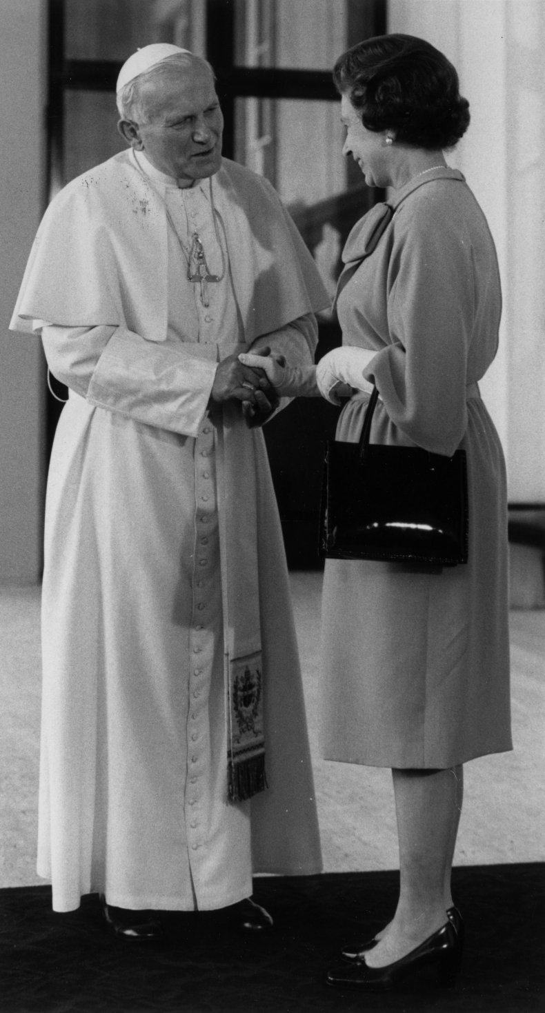 Queen Elizabeth on First Visit by Pope