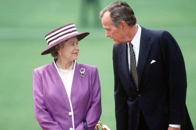 Queen Elizabeth II with George Bush Sr