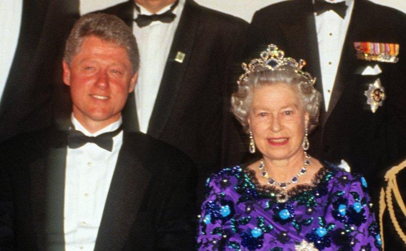 Queen Elizabeth II With Bill Clinton