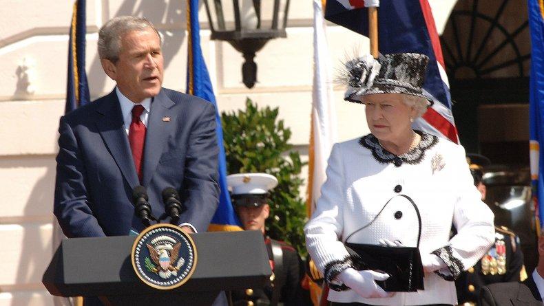Queen Elizabeth II and President George Bush