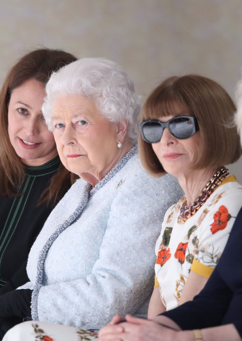 Queen and Anna Wintour at LFW