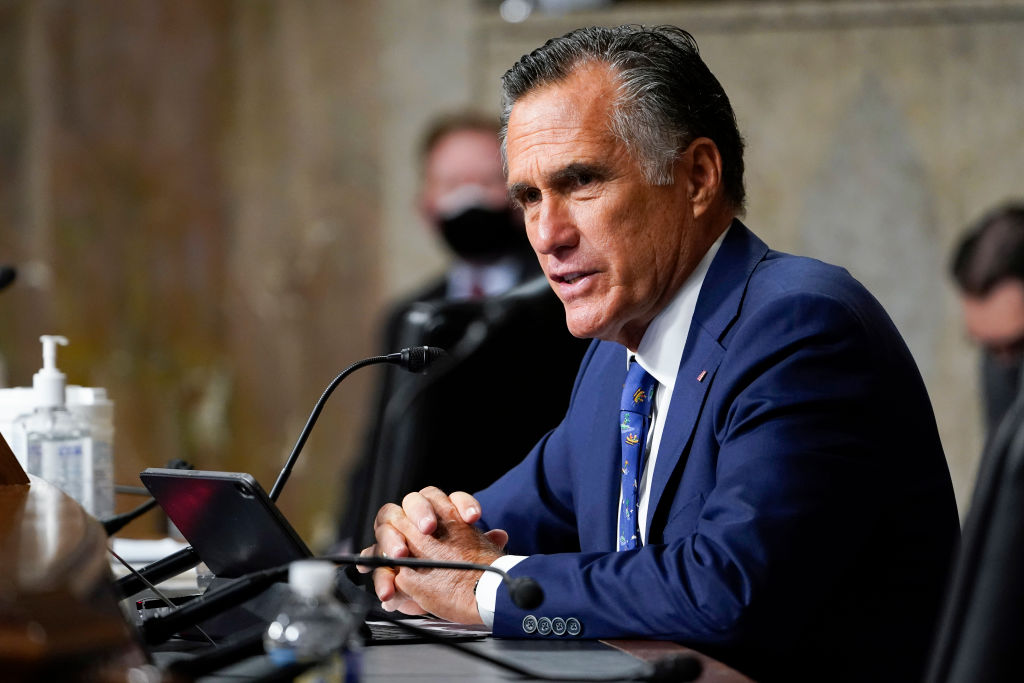 Mitt Romney Jeered Repeatedly at Republican Convention in Utah: 'Boo All You Like' thumbnail