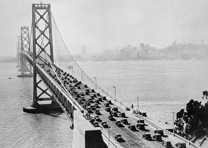 1930: Born in San Francisco
