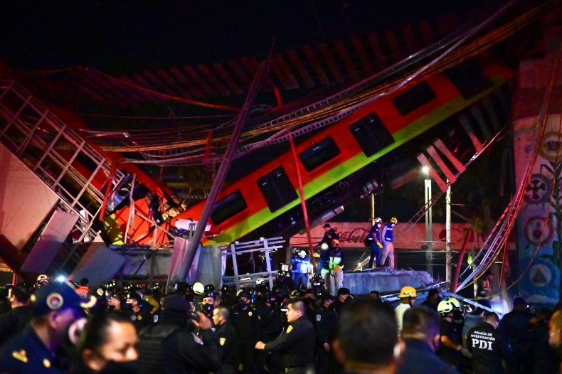 Mexico City Metro train accident May 2021