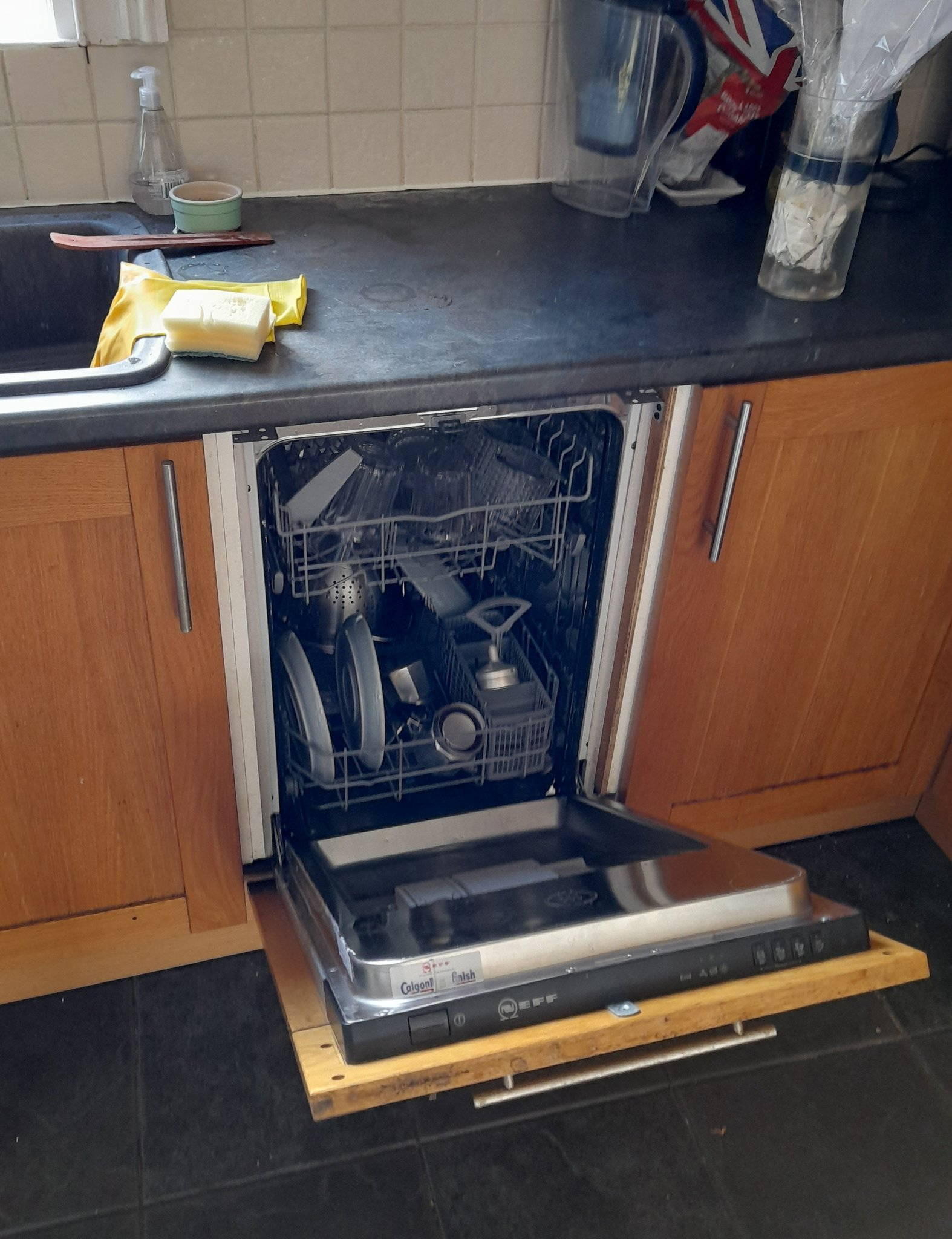 Twitter User 'shocked' to Discover Hidden Dishwasher Years After Moving