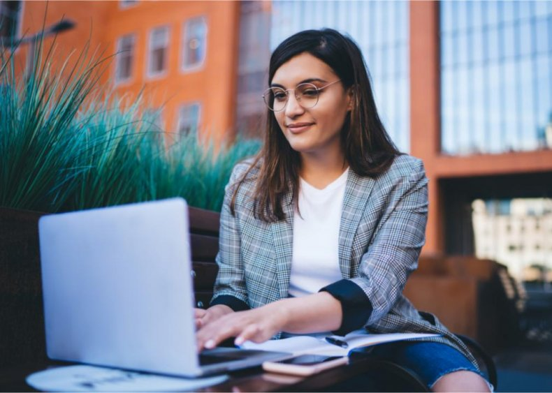 Just 46% of millennial women feel confident in their investing abilities