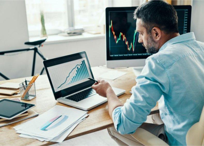 Men consider saving for retirement a #1 priority