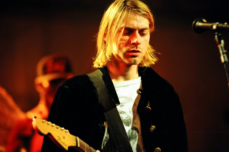 Nirvana performs on MTV Live and Loud