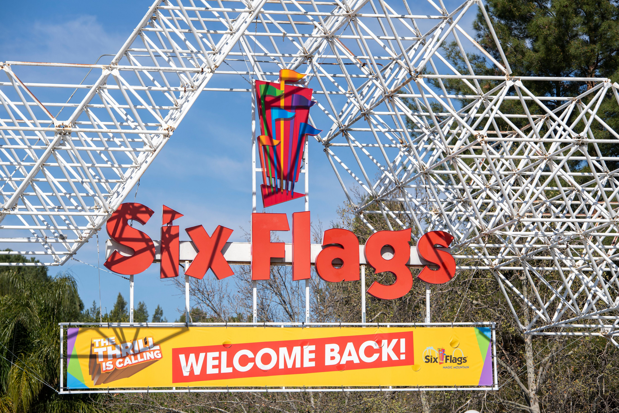 Tickets Passes And Memberships Six Flags Over Georgia