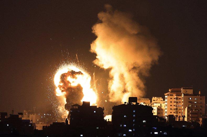Israel, airstrike, Gaza, Palestinian, Hamas, rocket, fire