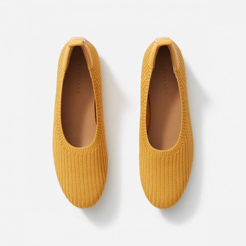 best sustainable comfortable shoe brands everlane