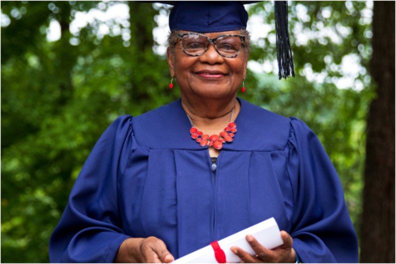 78-year-old woman graduates college